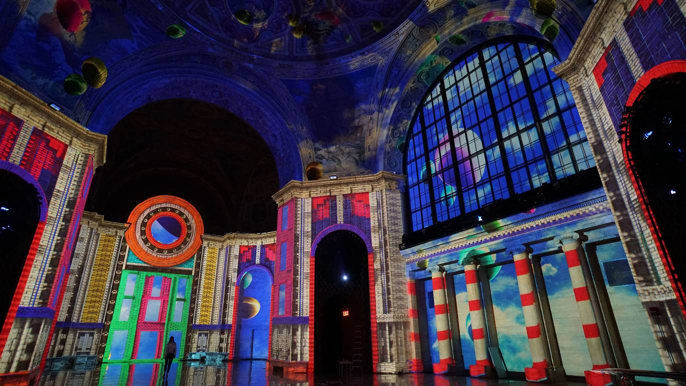 An immersive digital art show has transformed this historic NYC landmark